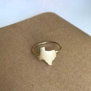 Jewelry - Size 6 Faux Gold Texas Ring